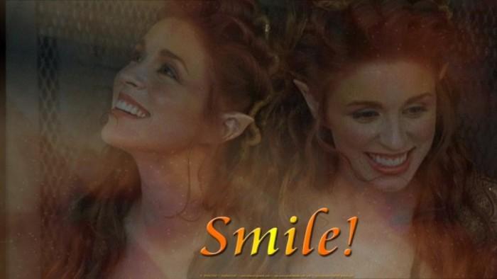 "Wallpaper: ""Smile!"""